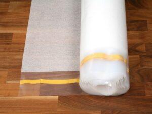 PE foam med LDPE film30 kg./m3, 100 mm overlap, tape(leveres i 2 cll = 1 palle)