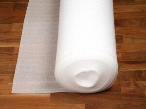 PE foam, 2 mm30 kg./m3(leveres i 2 cll = 1 palle)